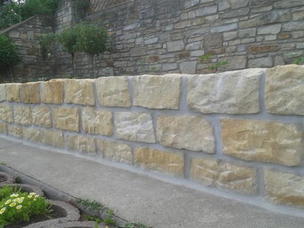 Mauerstein Schlesischer Sandstein 40x20x20 cm, allseitig gespalten