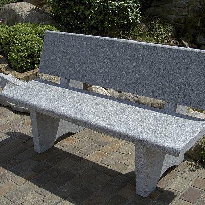 Granit-Bank mit Rückenlehne